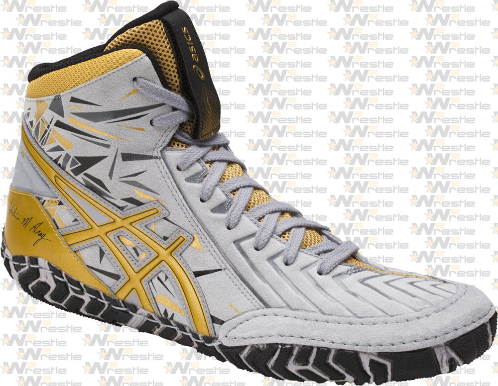 1449a01f2f11 ... LE AG Adeline Gray Wrestling Shoes - Gray To Gold  Asics Aggressor 3 AG  Limited Edition Wrestling Shoes - Escaine 2 Super Suede Trim ...